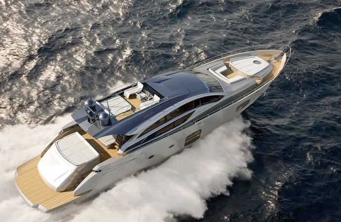 quanto costa uno yacht pershing 82