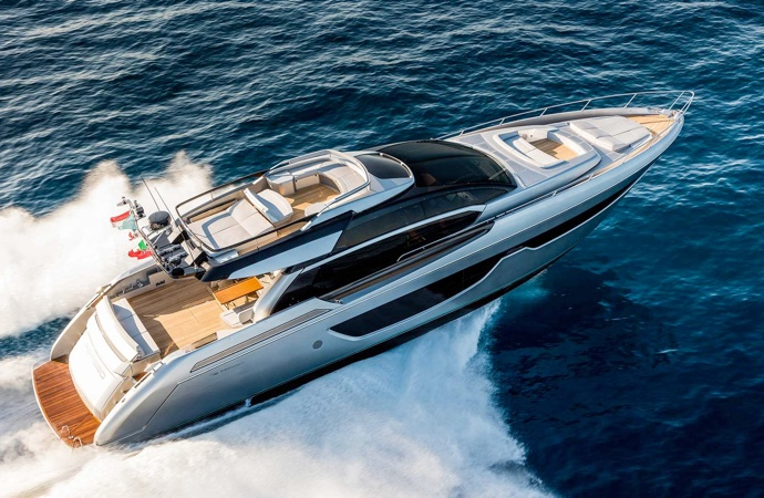 quanto costa uno yacht riva 76 perseo