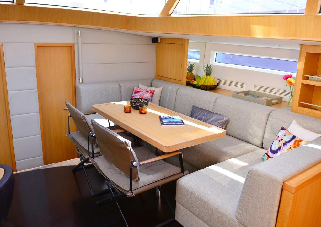 Contest Yachts Contest 72CS